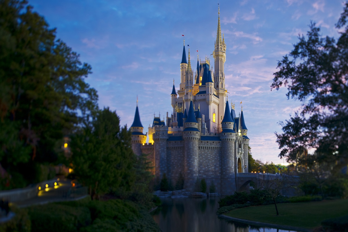 best attractions for adults at disney world 39 s magic kingdom. Black Bedroom Furniture Sets. Home Design Ideas